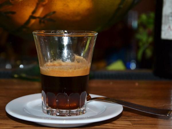Caffè corretto: la Moretta di Fano